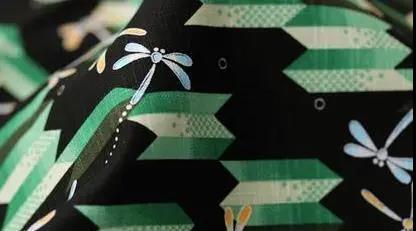 卓鹏段彩纱生产装置